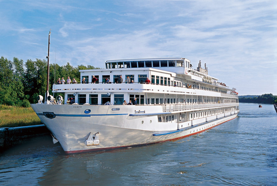 Choose River Cruises Over Ocean Cruises