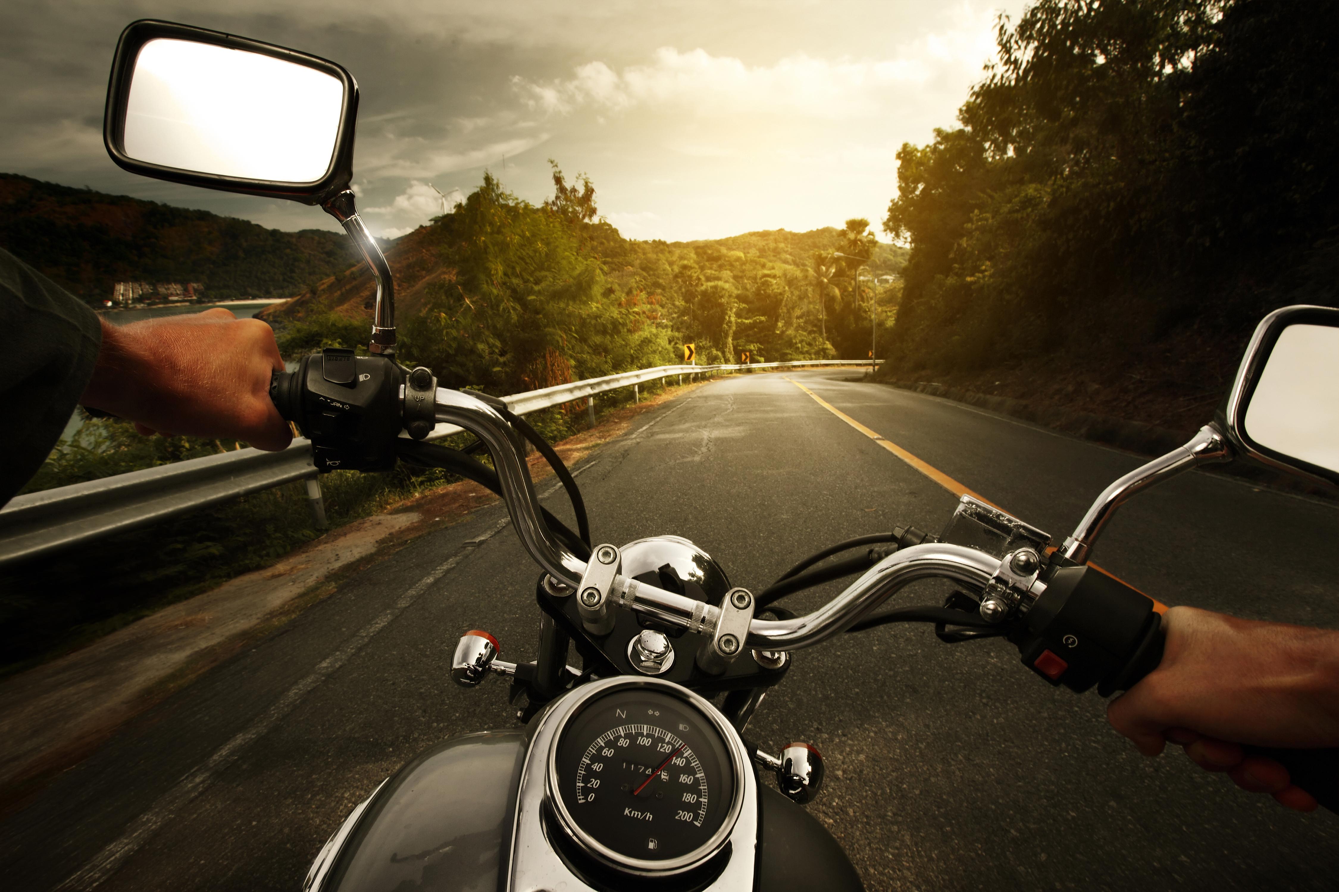 мотоцикл от первого лица дорога  № 16452  скачать