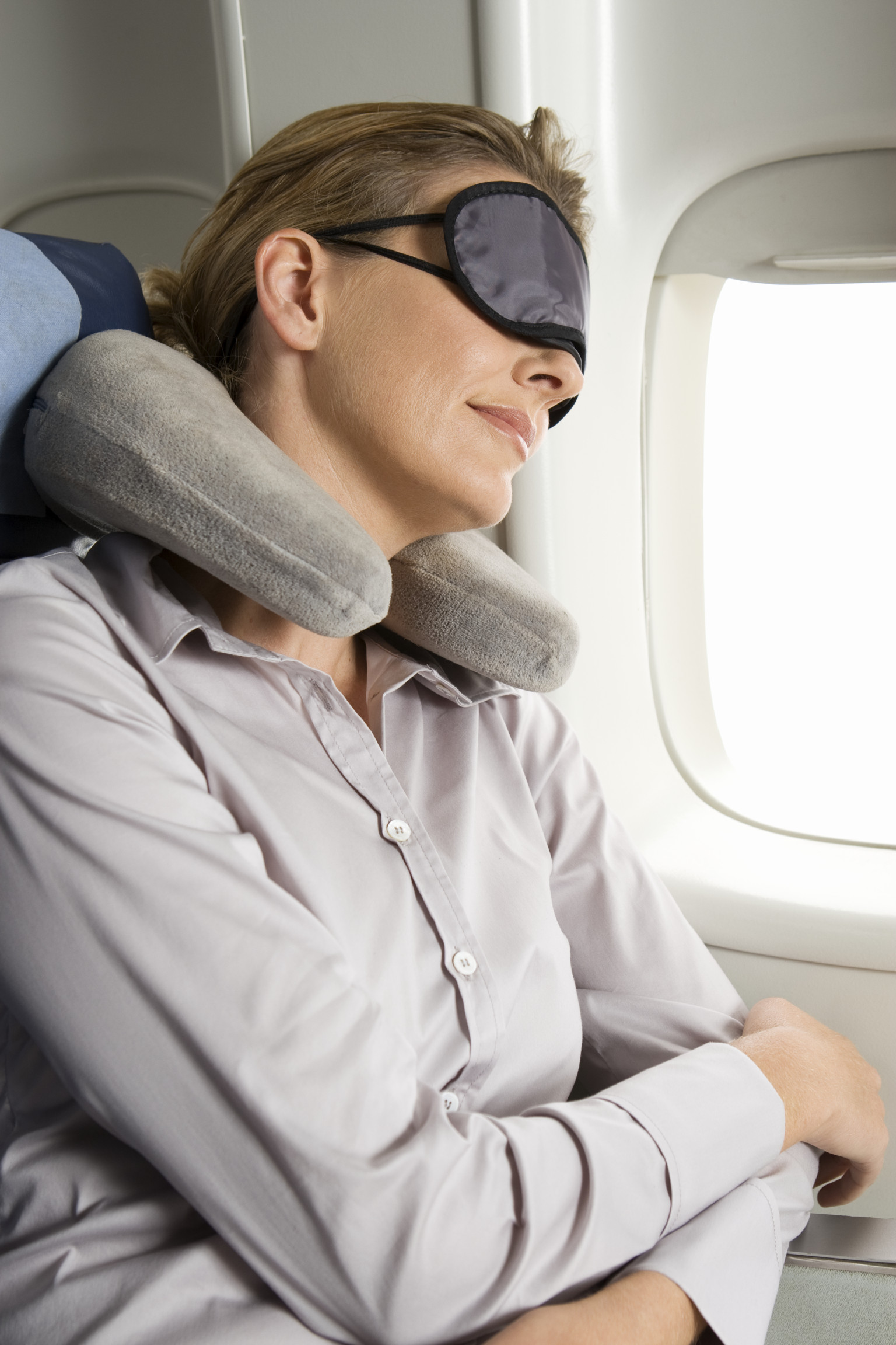 Tips to survive long haul flights