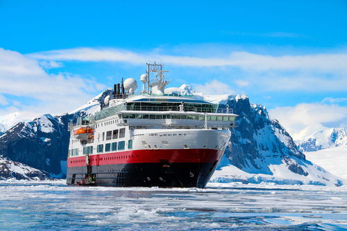 Why Should You Choose Antarctica Cruises?