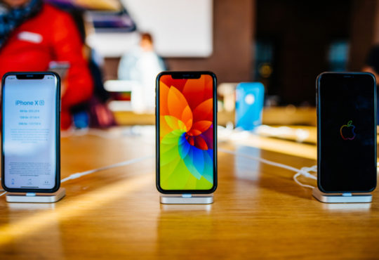iPhone XR and XS Apple Strikes Again!