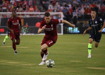 soccer game of Liverpool against Manchester