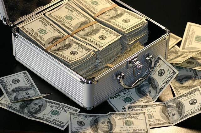 Avoid Unnecessary Costs When Transferring Money Internationally